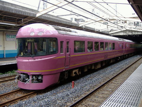 JR東日本のジョイフルトレイン