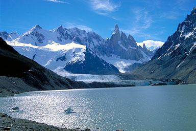 行きたいのは山々 南米パタゴニア セロトーレ山