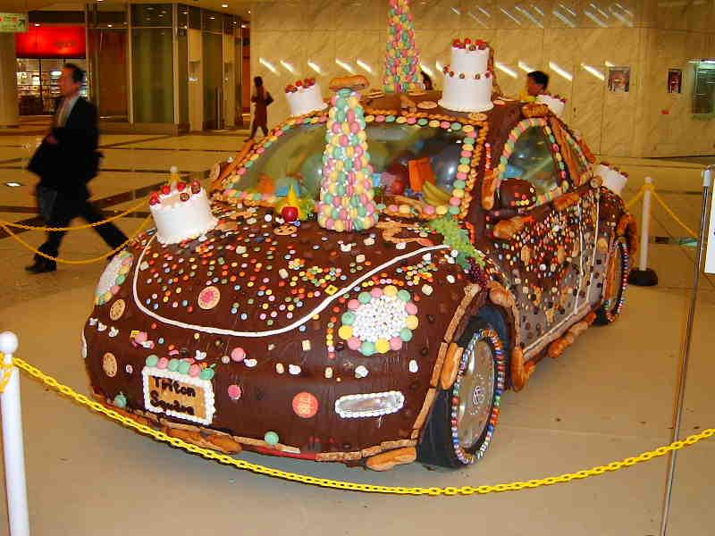 おかしの車2003