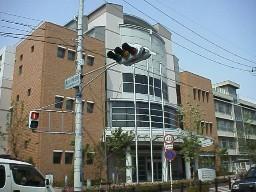 豊中 市 図書館 岡町図書館 - lib.toyonaka.osaka.jp